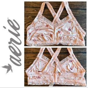 NWT Aerie Lace and Floral Bralette